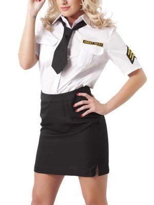 Poliisiasu Ja Hattu R1003-0